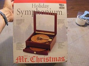 Mr Christmas Music Box Holiday Symphonium 20 Discs Cherry Wood Drawer