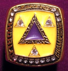 Los Angeles Lakers 2002 Championship Ring Paperweight