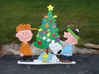 peanuts metal outdoor lawn decoration christmas holiday snoopy charlie