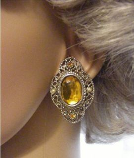 Vintage Beautiful Victorian Look Amber Glass Pewter Clip on Earrings