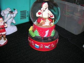 2001 Hallmark Coke Coca Cola Christmas Santa Claus Snow Globe Music