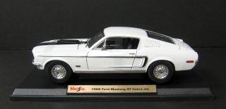 1968 Ford Mustang GT Cobra Jet Diecast Model White 1 18 Scale Maisto