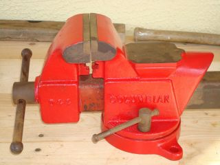 Vintage Columbian Vise Number D 44 by Cleveland 4 Jaw