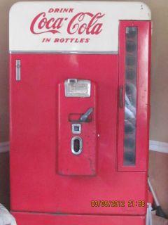 1955 Vendo 110 Coke Machine All Original