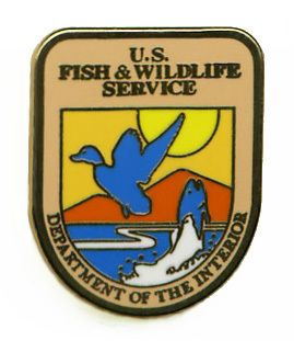 US FISH AND WILDLIFE SERVICE USFW FSW BADGE COLLECTOR LAPEL PIN