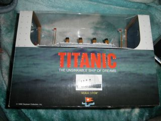 NEW IN BOX Die Cast RMS TITANIC Model Cruise Liner Ship Ocean Nautical