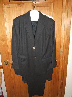 piece dark gray wool jacket 14p pants 16p excellent jk