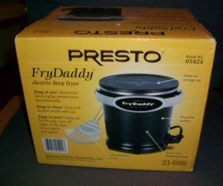 New Presto Frydaddy Electric Deep Fryer