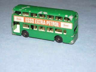 DAIMLER BUS GREEN ESSO NO 74 NICE COND LESNEY MATCHBOX BLACK REGULAR