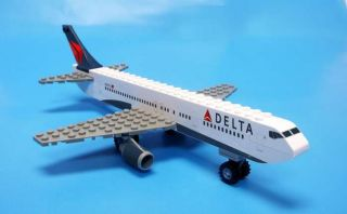 Daron Toys Best Lock Construction Toys Delta Airlines Plane Mint BL444