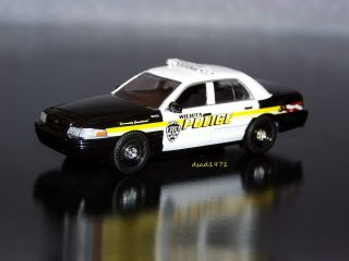 Ford Crown Victoria Wichita Kansas Police Car Mint 1 64 Diecast