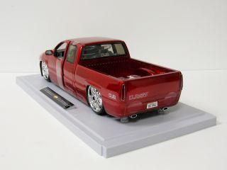 2003 Chevy Silverado Diecast Model Truck Jada Dub City 1 18 Scale Red