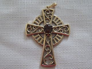 Sarah Coventry 1979 Limited Edition CELTIC CROSS Pendant Amber Crystal