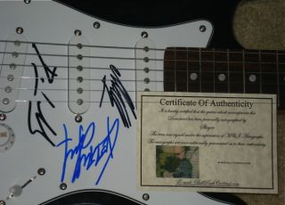 SLAYER AUTOGRAPHED GUITAR (KERRY KING + 2 MORE) W/ PROOF