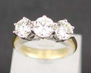 stone 1 9carat diamond half hoop ring claw set 18ct
