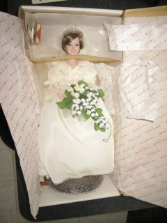 Princess Diana Porcelain Bride Doll Danbury Mint