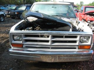 82 90 91 92 93 Dodge RAM 150 Pickup R Side View Mirror