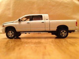 1 64 Dodge Custom Mega Cab Ertl