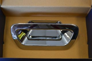 brand new 05 06 dodge magnum chrome rear trunk handle cover