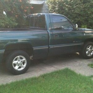 1995 DODGE RAM 1500 SHORT BED TRUCK