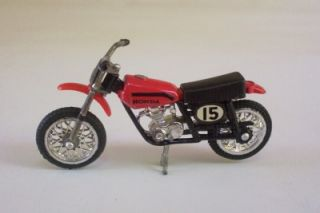 Honda XR 75 Dirt Bike Ridge Riders Zee Toys 1 24 Motorcycle Loose Vtg