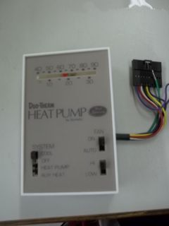 Duo Therm Heat Pump by Dometic Thermostat