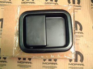 MOPAR 55176383AE DRIVER SIDE DOOR HANDLE FOR JEEP WRANGLER 1999 2006
