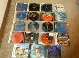 Lot of 19 Sega Dreamcast Games   Power Stone   Shenmue   Resident Evil
