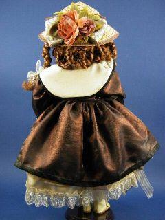Duck House Heirloom Taylor 21 Porcelain Doll w Box