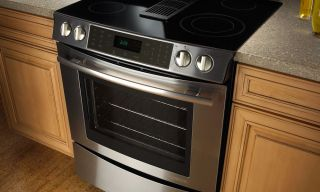 Lg Lses302st 30 Electric Slide In Range With Smoothtop