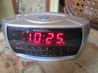 EMERSON RESEARCH DUAL ALARM CLOCK RADIO AUTO TIME SMARSET CKS3029 used