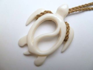 Hawaii Jewelry Turtle White Buffalo Bone Carved Pendant Necklace