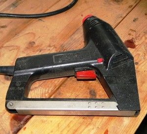 Craftsman Electric Staple and Nail Gun