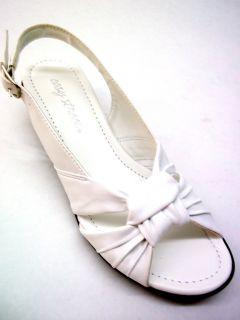 Easy Street Womens Latitude Slingback Sandal White Size 7 2A