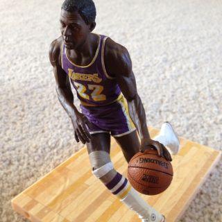 Elgin Baylor Los Angeles Lakers Figure McFarlane NBA Legends Series 4