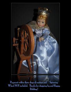Madame Alexander Walt Disneys Sleeping Beauty Elise