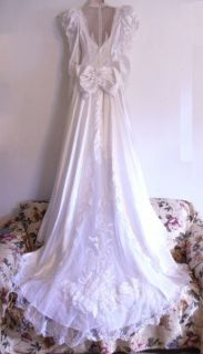 Extraordinary White Beaded Wedding Dress size 4 6