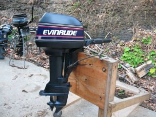 EVINRUDE TILLER HANDLE BOAT MOTOR 1992 MODEL PRISTINE CONDITION SHORT