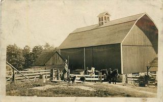 Wi Fall Creek Farm Scene Horses Barn RPPC 1911 R29117