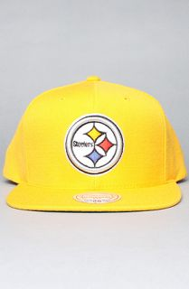 Mitchell & Ness The Pittsburgh Steelers Logo Snapback Hat in Yellow
