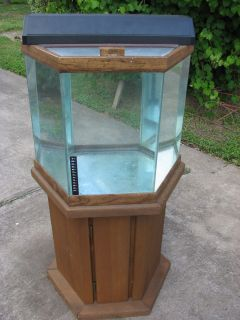 Approx. 15 Gallon Hexagon Oceanic Aquarium Fish Tank & Wood Cabinet w