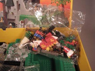 1990 Lego Kings Mountain Fortress Set #6081 Legoland w Box