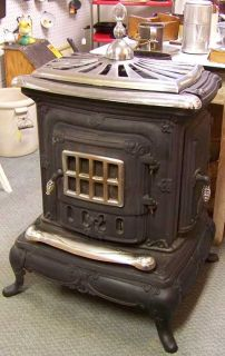 Washington Stove Works No 24 Wood Burning Parlor Stove