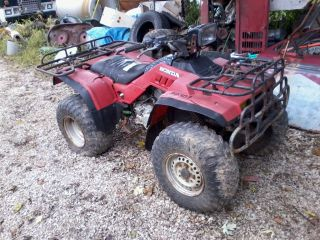 1986 Honda Fourtrax 350 4x4 Parting Out