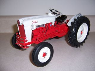 1953 Ford Jubilee Tractor Franklin Mint Vintage Farm Toy 1 12