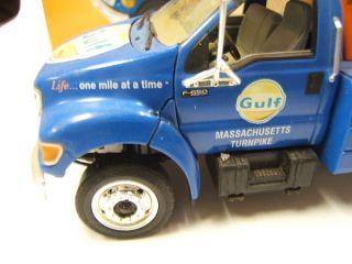 First Gear Gulf Oil Ford F650 Jerrdan Tow Truck Diecast