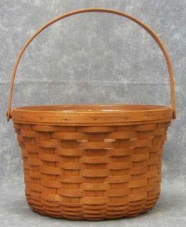 Basket Lot Large Apple Fruit Basket and Med Cloth Lidded Fruit