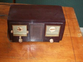 Vintage General Electric Am Radio Alarm Clock Model 535
