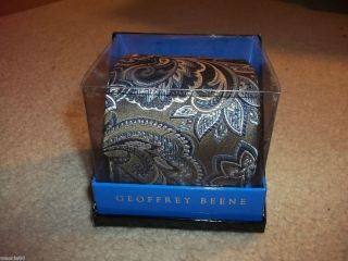 GEOFFREY BEENE Mens NEW Silver White Blue PAISLEY GIFT Box Silk