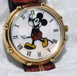 Gerald Genta Mickey Mouse Disney 18K Gold Mother of Pearl Watch